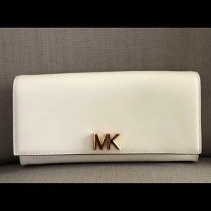 Michael Kors Off-White Clutch purse